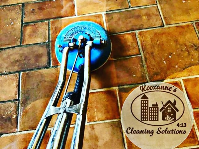 http://roxannescleaningsolutions.com/wp-content/uploads/2020/10/Tile-cleaning-in-Riverside-Ca-640x480.jpg